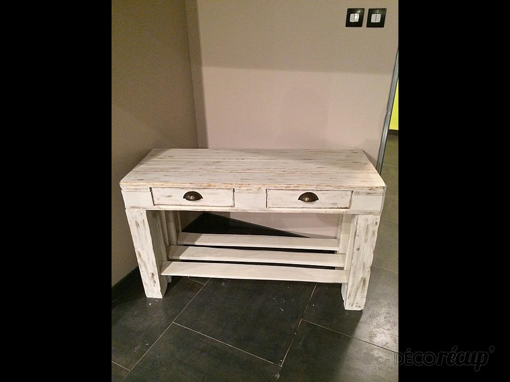 console en palette europe par k ro. Black Bedroom Furniture Sets. Home Design Ideas