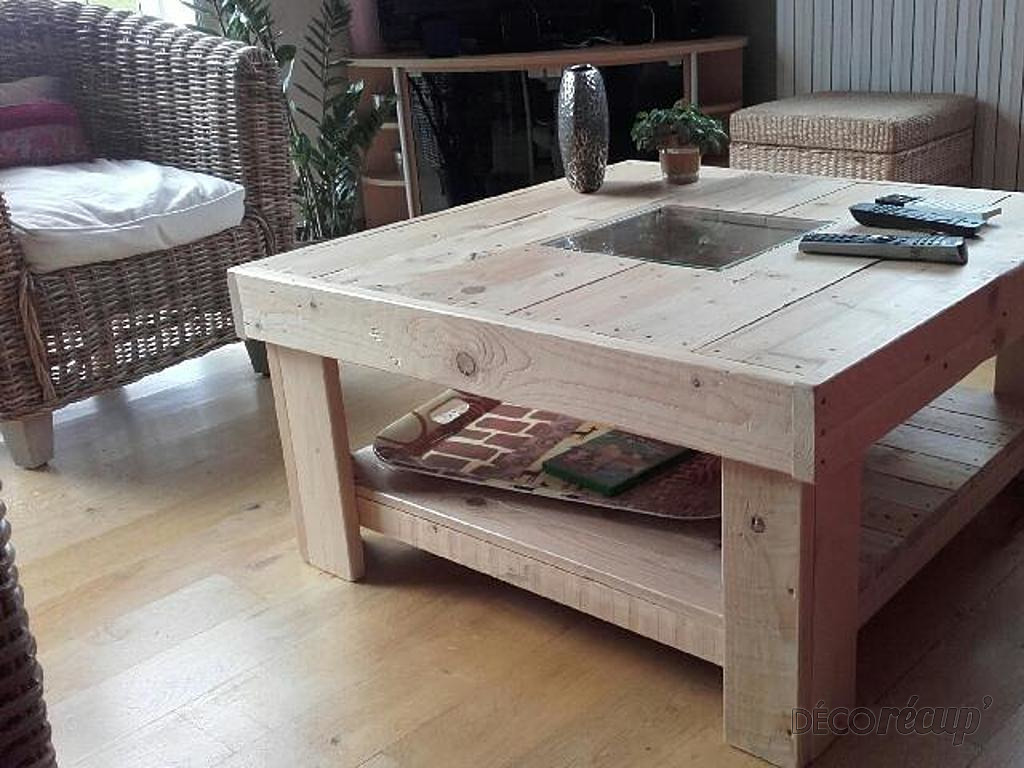 Table basse 90x90 avec un verre central par bois eco concept - Table 90x90 avec rallonge ...