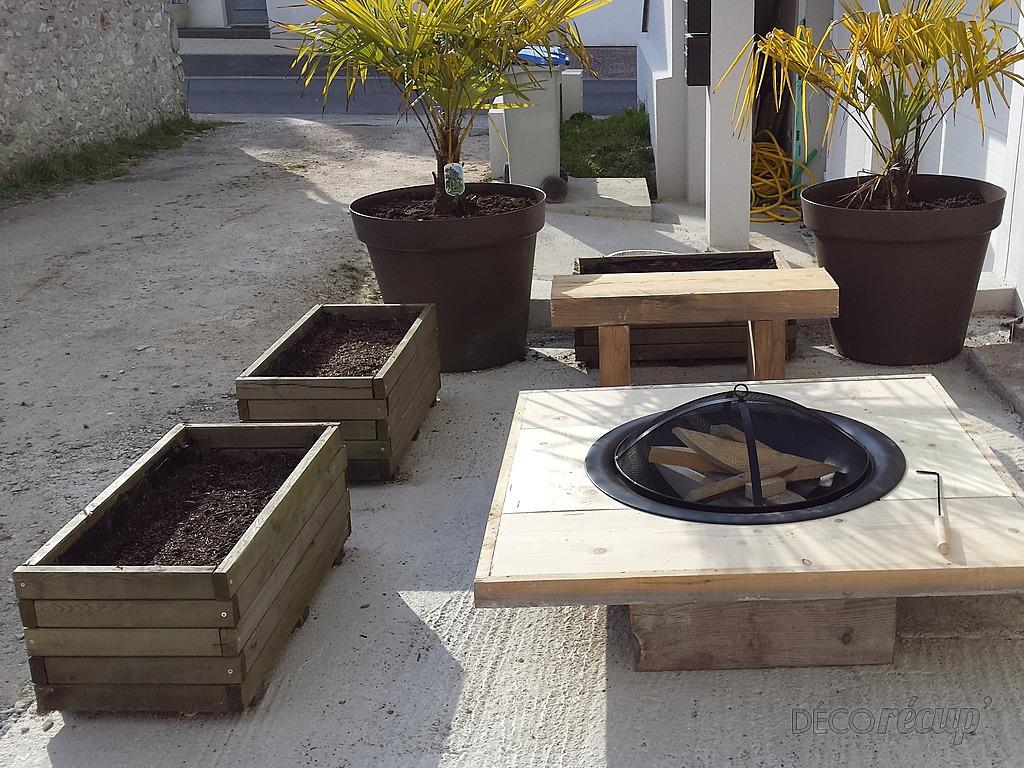 table basse avec foyer. Black Bedroom Furniture Sets. Home Design Ideas