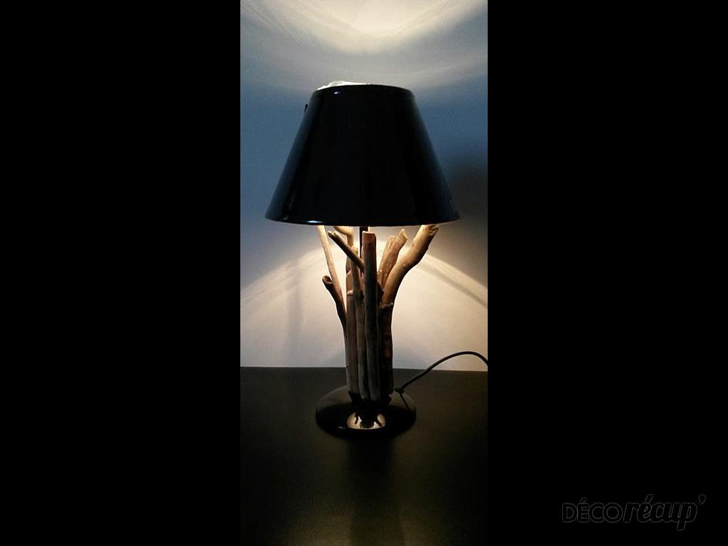 Lampe en bois flott par naty for Creer sa lampe en bois flotte