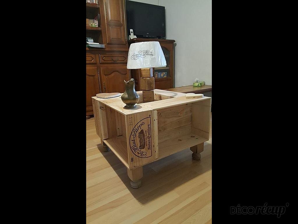 table basse caisse vins par palcreassion. Black Bedroom Furniture Sets. Home Design Ideas